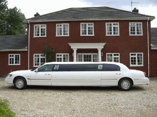 Lincoln Town Car Limo Hire